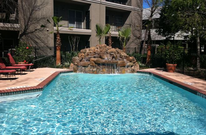 MidtownArborApartments_pool