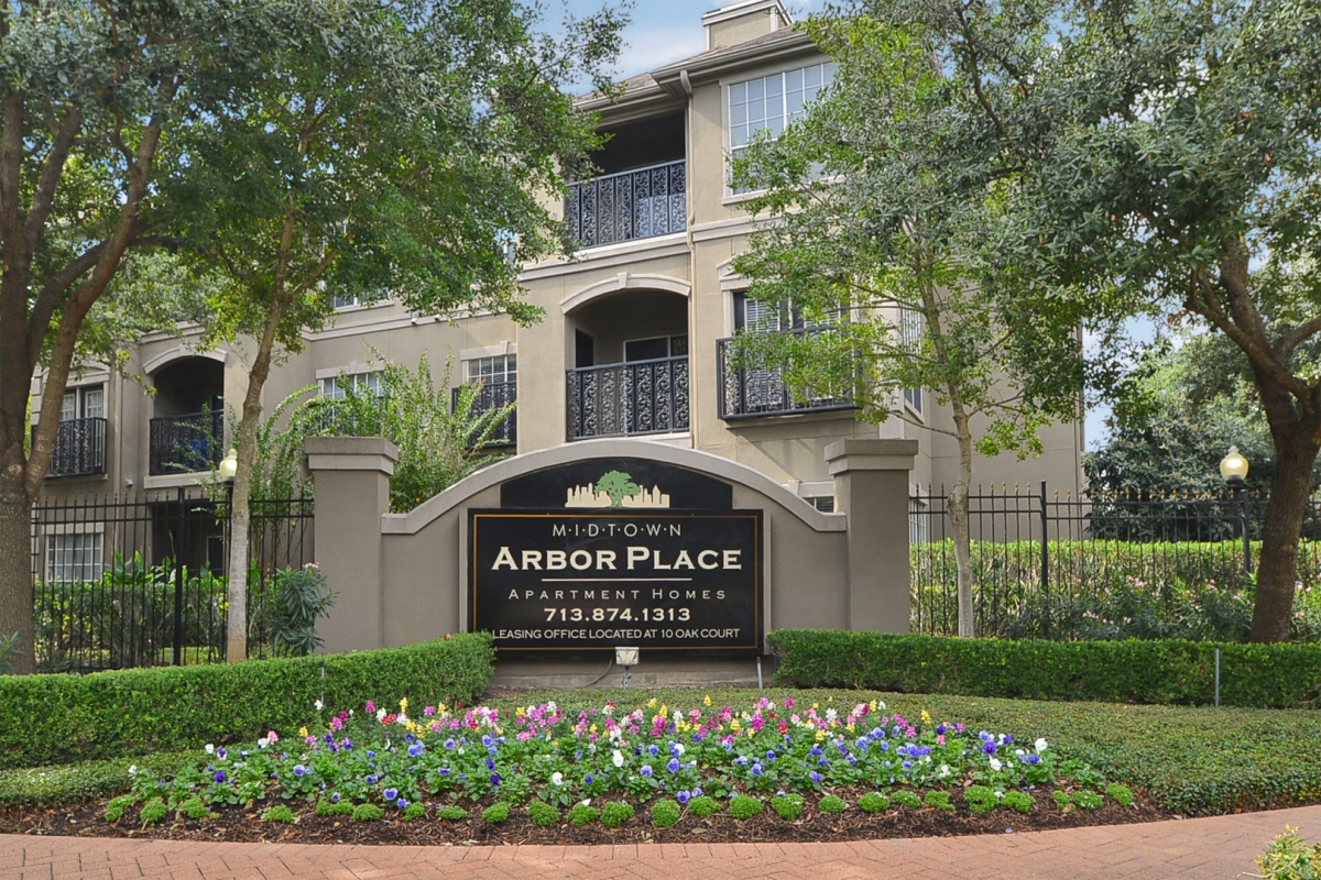 Photo Gallery - Apartments Midtown Houston, TX